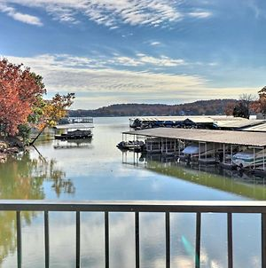 Lake Ozark Condo - Pool, Fishing Docks & More! photos Exterior