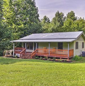 Cosby Cabin With 2 Porches, Deck And Game Room! photos Exterior