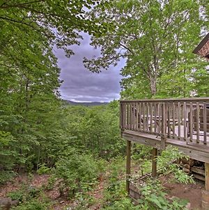 Conway Area Chalet With Mountain Views & Fire Pit! photos Exterior