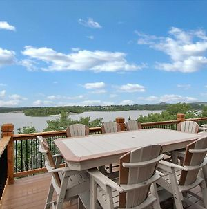 Home With Decks & Pool Access On Table Rock Lake! photos Exterior