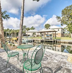 Spacious & Hip Crystal River Home With Dock & Kayaks! photos Exterior