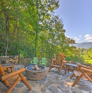 Beautiful Bryson City Home With Hot Tub & Mtn Views! photos Exterior