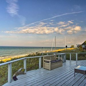 Lakefront Montague Cottage On A Private Beach photos Exterior