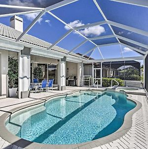 'Bikinis And Martinis' - Canalfront Cape Coral Home! photos Exterior