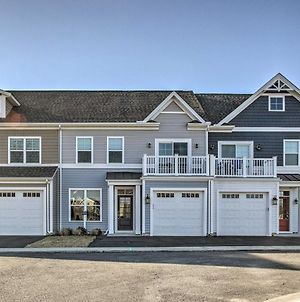 Modern Townhome With Patio Less Than 2 Mi To Bethany Beach! photos Exterior