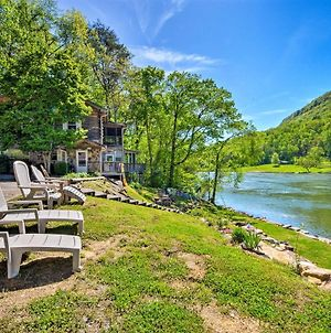 Tenn River Cabin With Hot Tub - 10 Mi To Chattanooga! photos Exterior