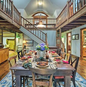 Family-Friendly Farmhouse - Near Lake And Ski Areas! photos Exterior