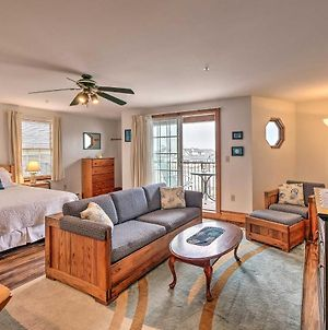 Oceanfront Lincolnville Studio With Private Balcony! photos Exterior