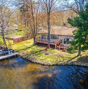 Remodeled Rice Lake 'Hideaway' Home With Dock & Deck photos Exterior
