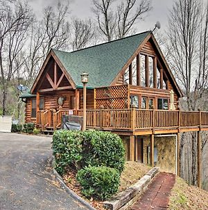 Hatcher Mtn Retreat Sevierville Cabin With Hot Tub! photos Exterior