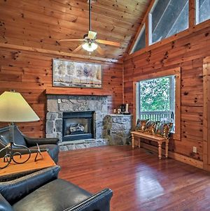 True Log Cabin With Hot Tub And Views In Pigeon Forge! photos Exterior