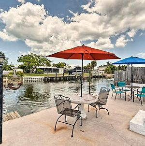 Canalfront Bradenton Home With Dock & Heated Pool! photos Exterior