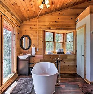 Secluded And Private Smoky Mtn-View Cabin With Fire Pit photos Exterior