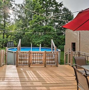 Lakefront Seneca Falls Apartment With Pool Access! photos Exterior