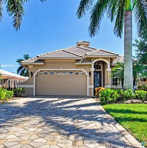 Superb Naples Home With Den And Private Saltwater Pool! photos Exterior