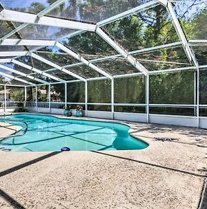 Quiet Homosassa Home With Updated Pool And Lanai! photos Exterior