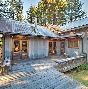Cabin With Hot Tub - 14 Miles To Leavenworth! photos Exterior