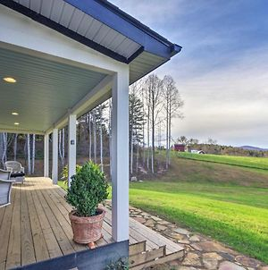 Charming Fairview Home On 40-Acre Horse Farm! photos Exterior
