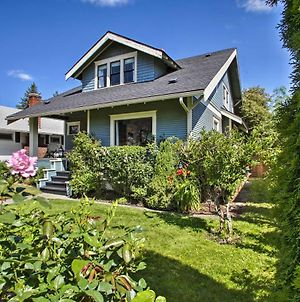 Updated Spokane Victorian Home With Porch&Patio photos Exterior