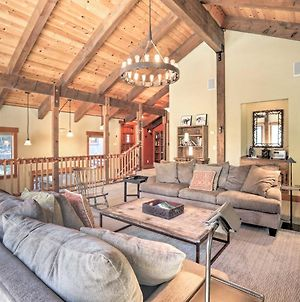 Bright Lake Tahoe Cabin With Fireplace, Grill & Decks photos Exterior