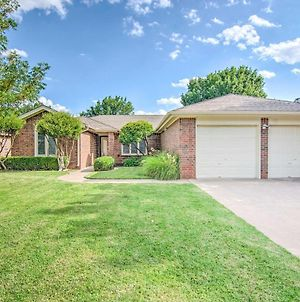 Lubbock Home With Deck & Yard - 8 Miles To Ttu! photos Exterior