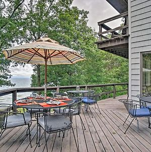 Lakefront Grand Haven House With Deck And Water Toys! photos Exterior