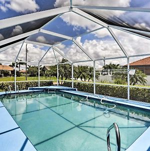 Cape Coral Villa With Pool - 7 Mi To Beach! photos Exterior