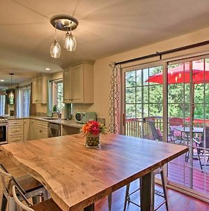 Issaquah Home With Deck And Patio 16 Miles To Seattle! photos Exterior