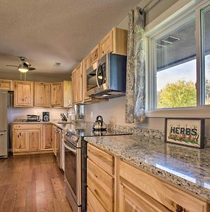 River Valley Oasis With Gorgeous Views And Yard! photos Exterior