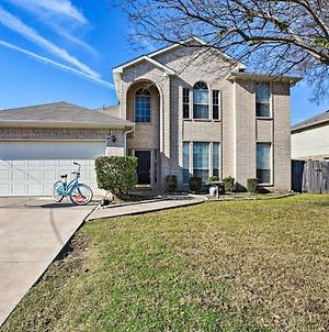 Pet-Friendly Home - Walk To Lewisville Lake! photos Exterior