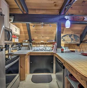 Quiet A-Frame Retreat With Hot Tub - Hike, Fish And Ski photos Exterior