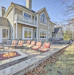 Golf And Lake Retreat With Fire Pit And Pool Table! photos Exterior