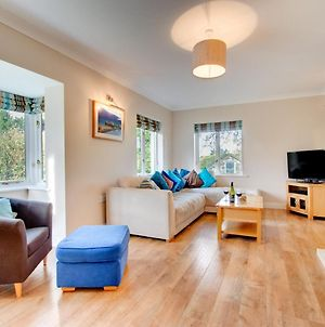 Luxury Holiday Home In Saundersfoot With Fireplace photos Exterior