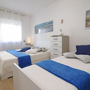 Holiday Apartment With Wi-Fi, Air Conditioning And Balcony; Pets Allowed photos Exterior