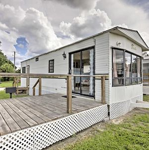 Airy Silver Springs Resort Cabin - Steps To Lake! photos Exterior