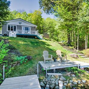 Waterfront Newbury Cottage With Deck By Lake Sunapee! photos Exterior