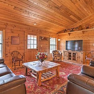 Cozy New Braunfels Family Cabin With Porch And Views! photos Exterior