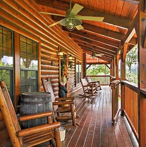 Sevierville Cabin Porch With Hot Tub And Scenic Views photos Exterior