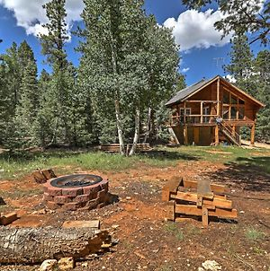 Duck Creek Village Cabin With Deck & Fire Pit! photos Exterior