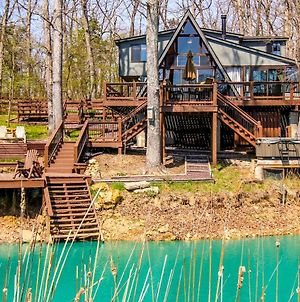 Innsbrook Chalet With Lakeside Deck, Fire Pit & Boat! photos Exterior