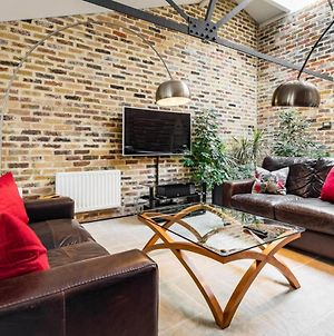 Amazing 2Bed 2Bath Converted Warehouse Onthames photos Exterior
