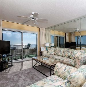 Summerlin 101:Beautiful Corner Condo- Beach Front, Free Beach Chairs & Wifi photos Exterior