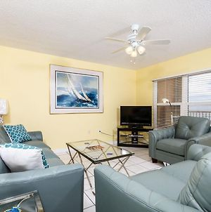 Islander 4007: Vacation Now In This Comfy Beach Front Dwelling! photos Exterior