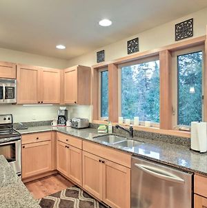 2000-Square-Foot Home Across From Lake Wenatchee! photos Exterior