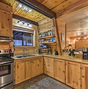 Munds Park Cabin With Furnished Deck & Fire Pit! photos Exterior