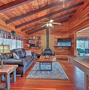 Lakeside Log Cabin With Deck Less Than 2 Mi To Rainbow Lake! photos Exterior