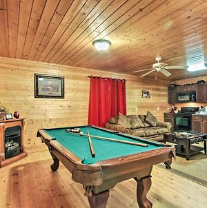 Hidden Hideaway Cabin With Deck And Pool Table! photos Exterior