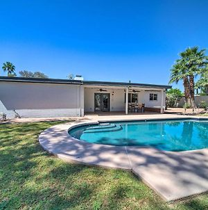 Home With Pool, Patio, & Grill - 10Mi To Camelback Mtn photos Exterior