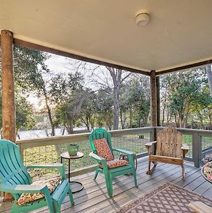 Riverfront House With Deck, 7 Mi To San Marcos! photos Exterior