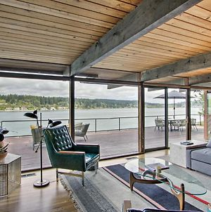 Waterfront Port Orchard Home W/Furnished Deck photos Exterior